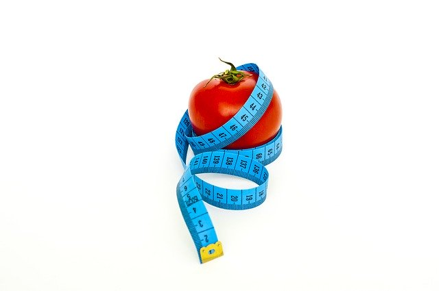 jablko a krejčovský metr